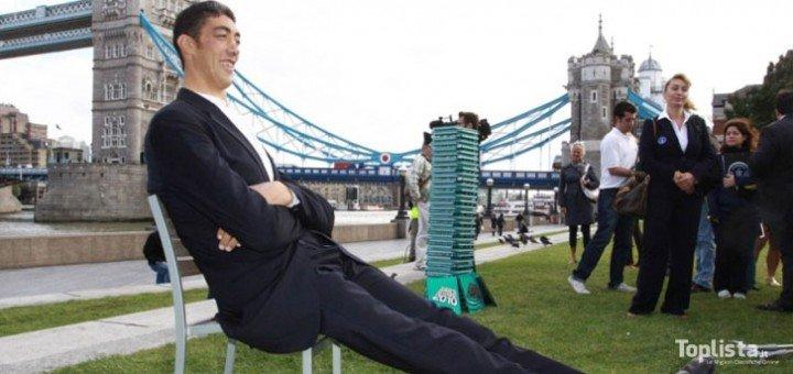 Gli uomini più alti del mondo